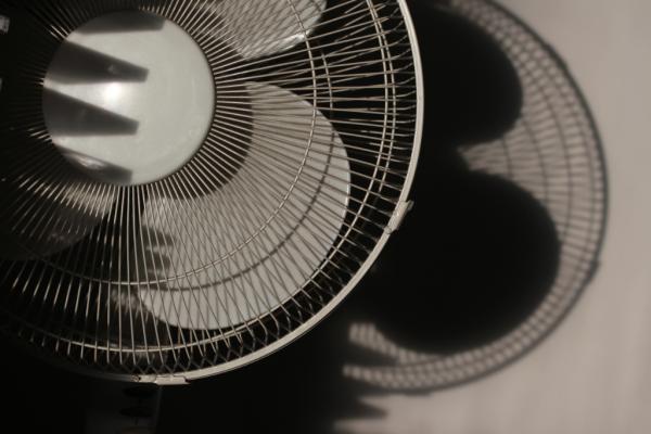 Black & white electric fan with shadows, photograph by Frank Tettsu Woods, Harrow Zazenkai, UK
