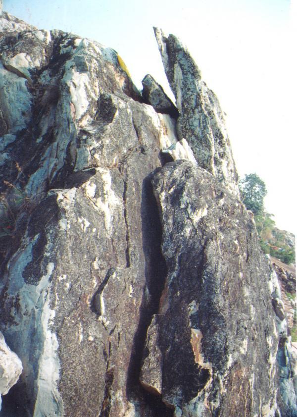 Vulture Peak, where the Buddha is said to have presented the Prajna Paramita sutras, Photograph by Rev. Chiso Tzelnic anagarika